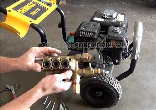 Nguyên nhân máy rửa xe bị yếu và cách khắc phục