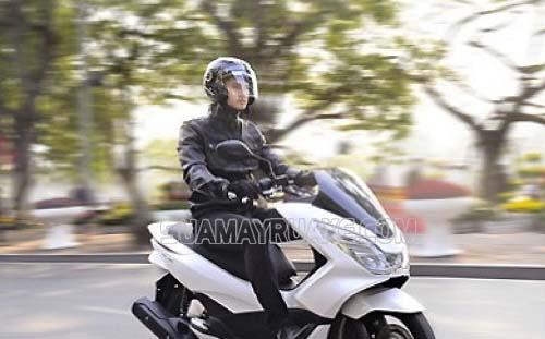 Chủ sở hữu xe máy cần nộp thuế trước khi sử dụng xe