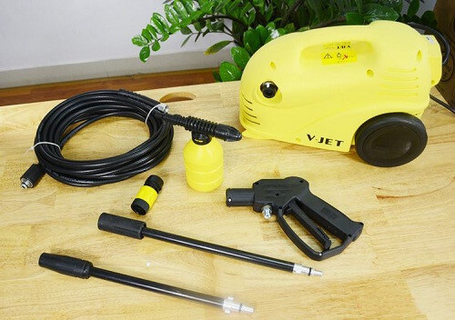 Máy rửa xe mini V-jet là một trong những thương hiệu được ưa chuộng