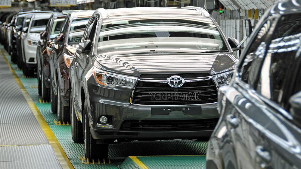 Ngành công nghiệp ô tô phát triển nhanh chóng mặt