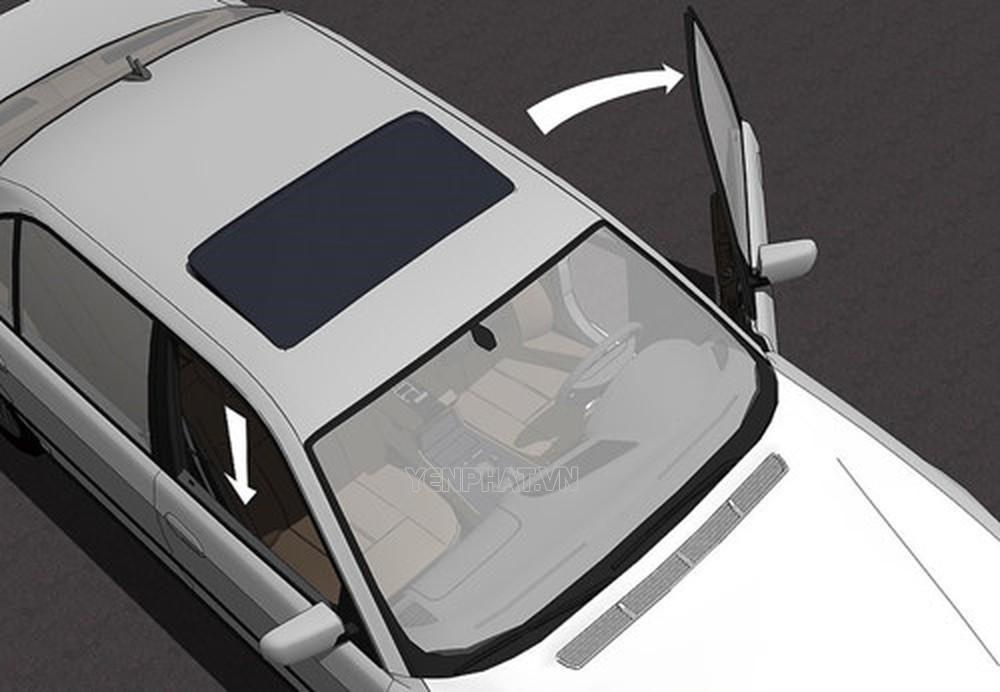 Việc mở cửa kính ghế hành khách trước giúp nhiệt nóng tản nhanh