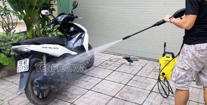 Máy rửa xe tiện lợi trong quá trình sử dụng
