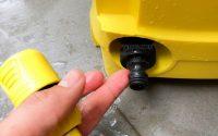 Nên sử dụng ống cấp nước cho máy rửa xe tránh hiện tượng nước rò rỉ