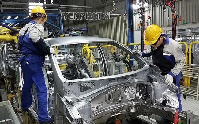 Quá trình sản xuất ô tô điện gặp nhiều khó khăn