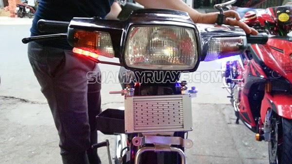 cách làm bóng đèn xe máy sáng hơn