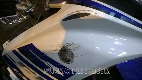 sơn lại xe máy bị xước bao nhiêu