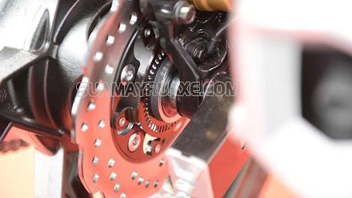 cách chỉnh phanh đĩa xe máy bị bó