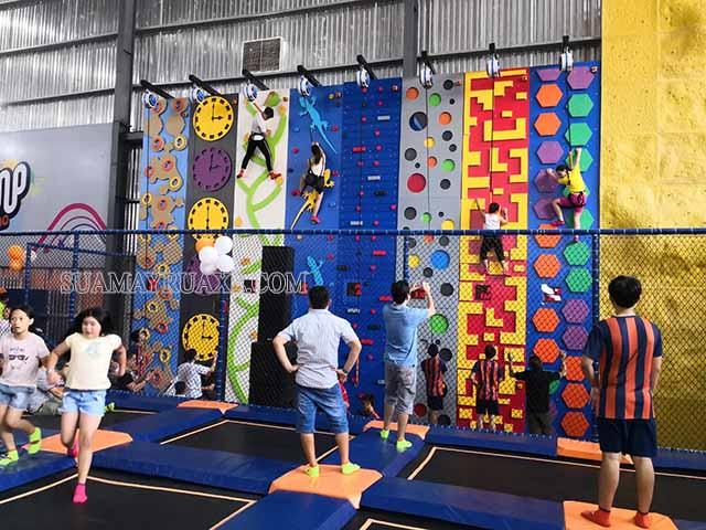 Jump Arena Hà Nội thích hợp cho người mới