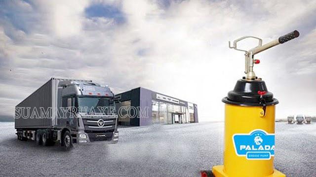 Chia sẻ cách bơm mỡ cho xe tải hiệu quả không thể không biết